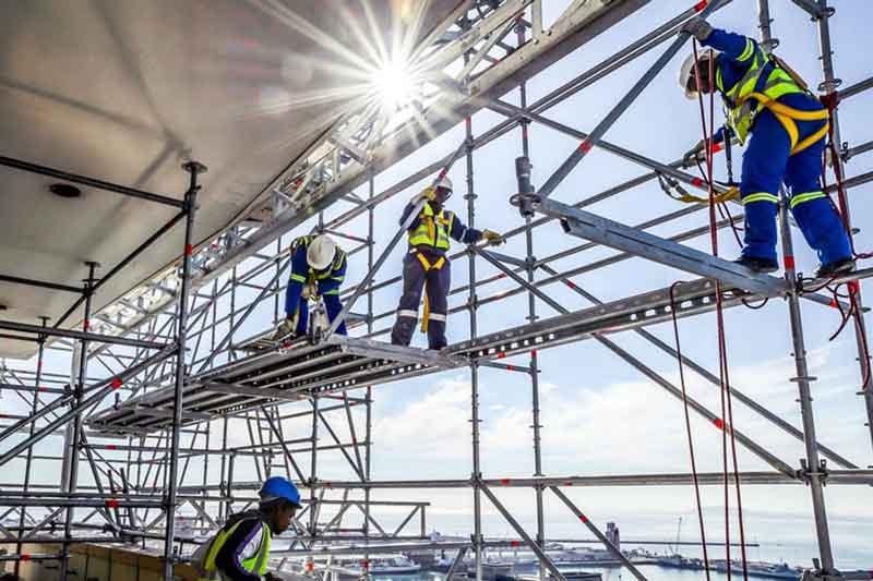 کار ساختمانی ایمن با نصب داربست